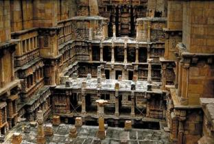 RANI KI VAV - A stepwell of love