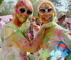 Golden Triangle Tour At Holi Festival