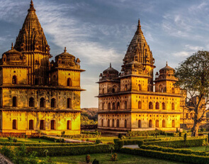 Golden Triangle Tour With Orchha and Khajuraho